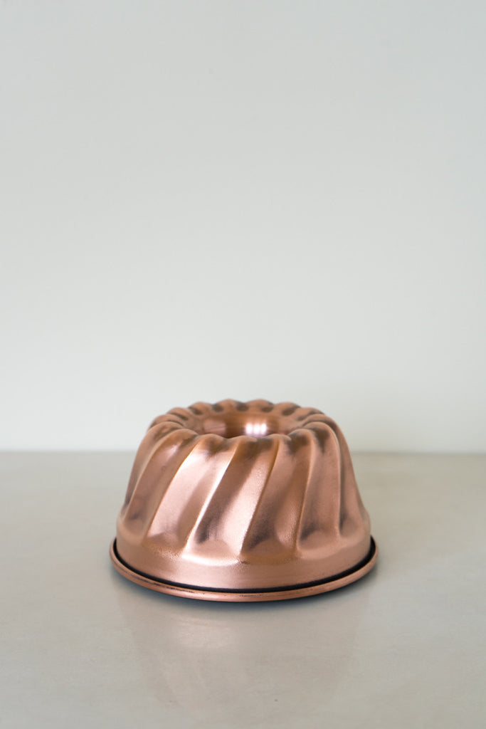 Copper Bundt Cake Pan - 6 3/4 inch