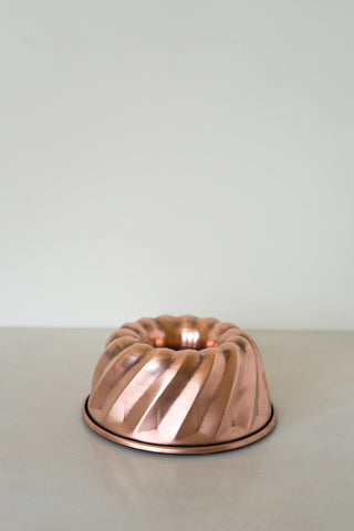 Copper Bundt Cake Pan - 7 3/4 inch