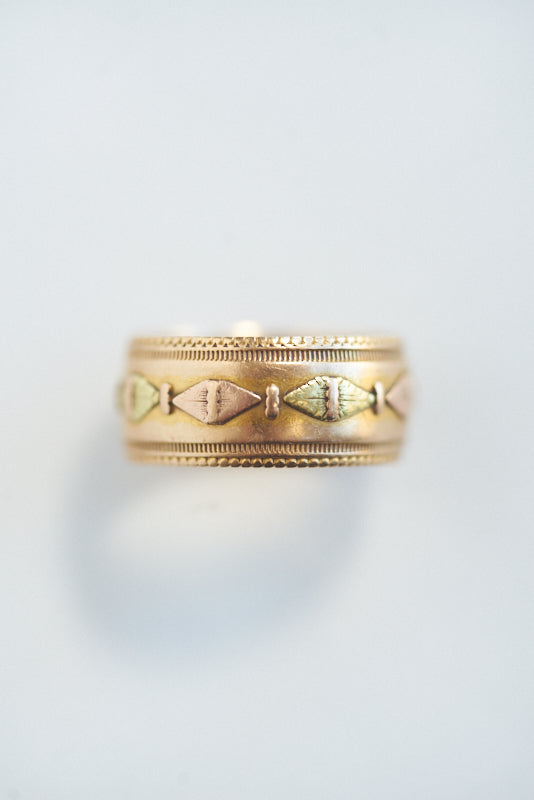 Antique Tri-Color 18k Gold Band