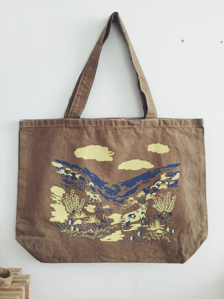 Coyote Canyon Tote Bag Brown