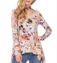 Load image into Gallery viewer, Beautiful Heart Floral Choker Top  - The Peach Mimosa