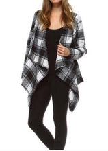 Load image into Gallery viewer, Black/ivory tartan plaid jacket  - The Peach Mimosa