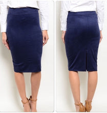 Load image into Gallery viewer, Navy Sueded Pencil Skirt  - The Peach Mimosa