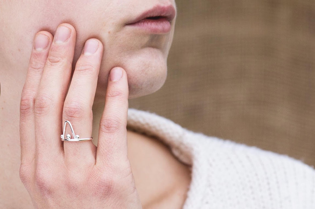 Dotted Triangle Ring