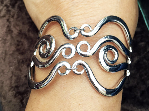 Double Wave Fork Bracelet