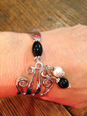 Fork Bracelet Classic Black Onyx and White Pearl