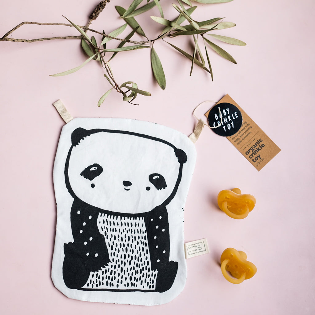 Wee Gallery Organic Crinkle Toy - Panda - UrbanBaby shop