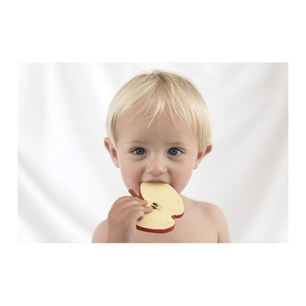 Oli & Carol Pepita the Apple - UrbanBaby shop