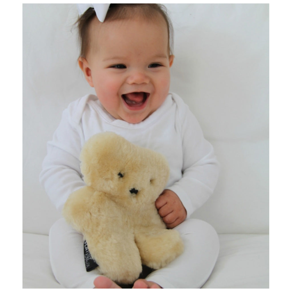 FLATOUT Sheepskin Bear Baby Honey - UrbanBaby shop
