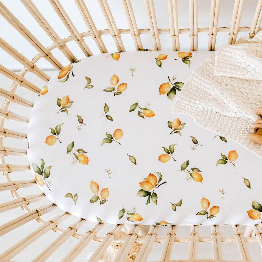 Snuggle Hunny Kids Bassinet Sheet/Change Pad Cover - Lemon - UrbanBaby shop