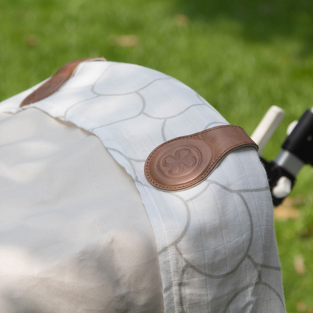 Cloby Swaddle with Leather Pram Clips - Brown - UrbanBaby shop