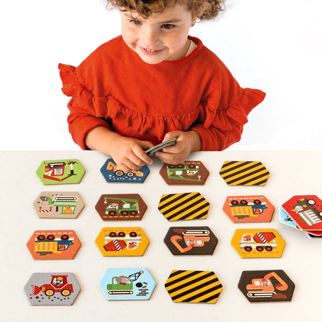 Petit Collage Memory Game Construction - UrbanBaby shop