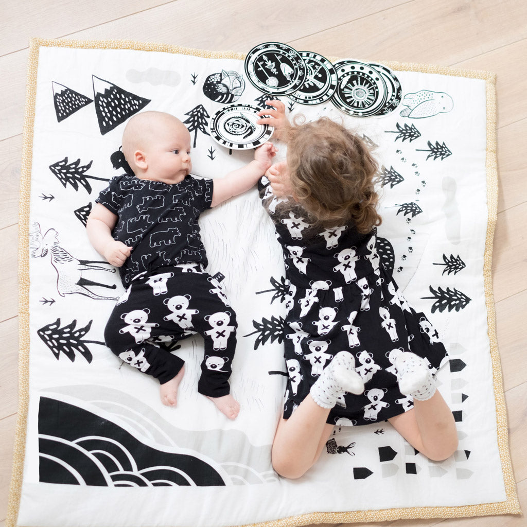 Wee Gallery Organic Cotton Play Mat Explore - UrbanBaby shop