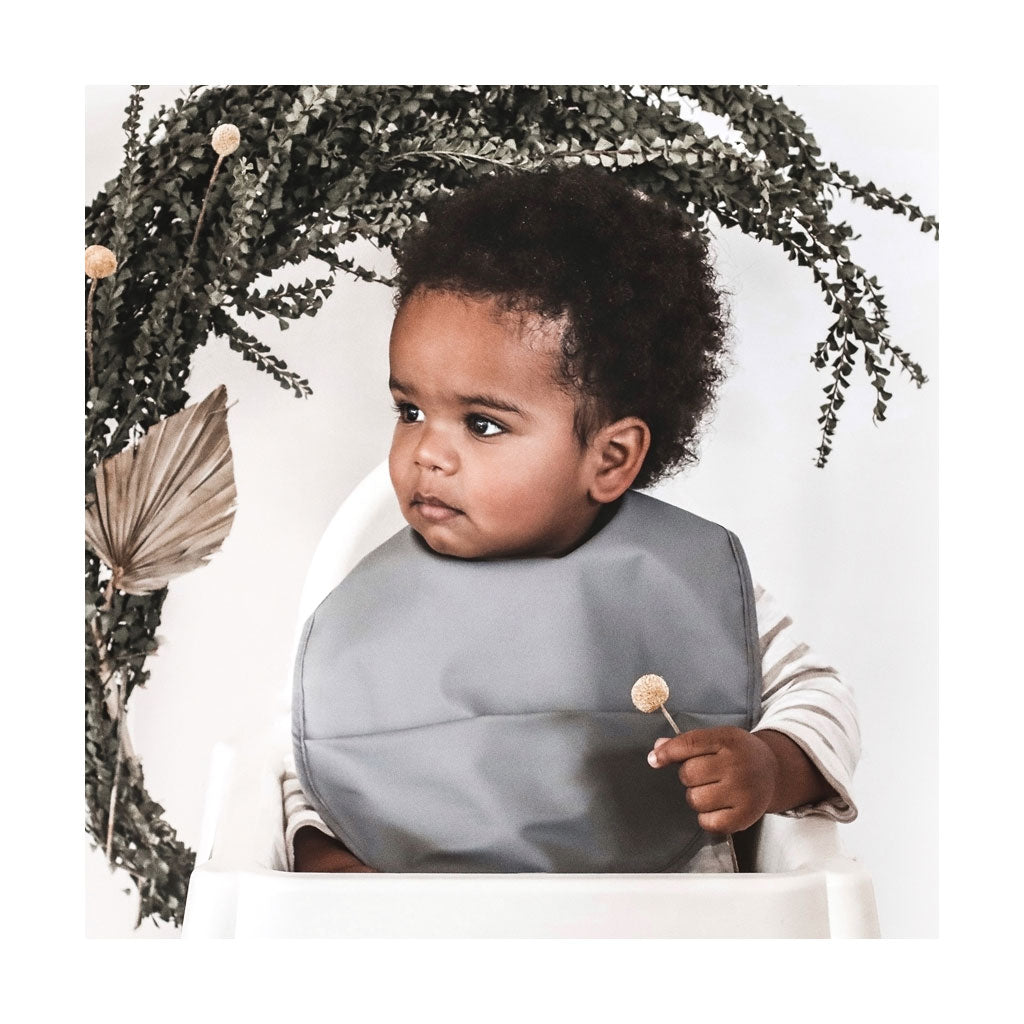 Snuggle Hunny Kids Snuggle Bib - Grey - UrbanBaby shop