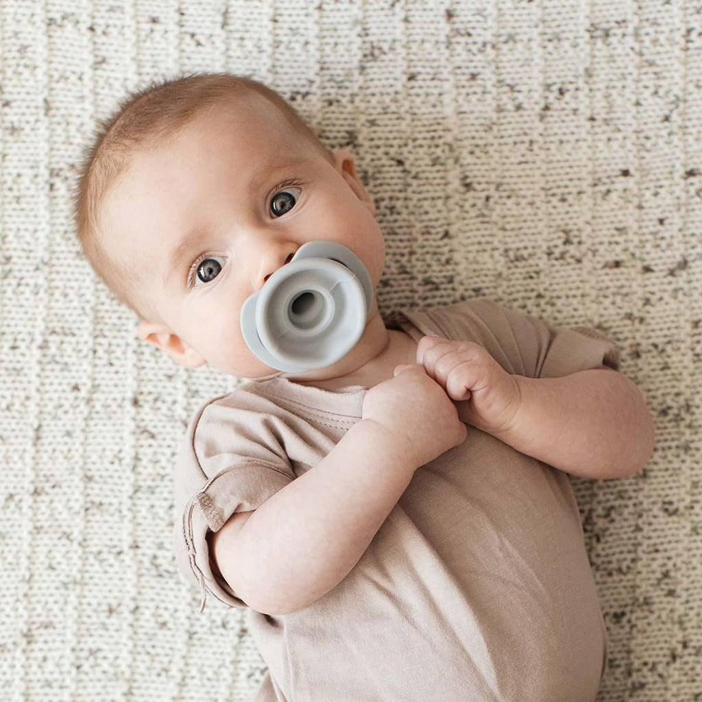 Doddle and Co Pop and Go Pacifier Oh Happy Grey - UrbanBaby shop