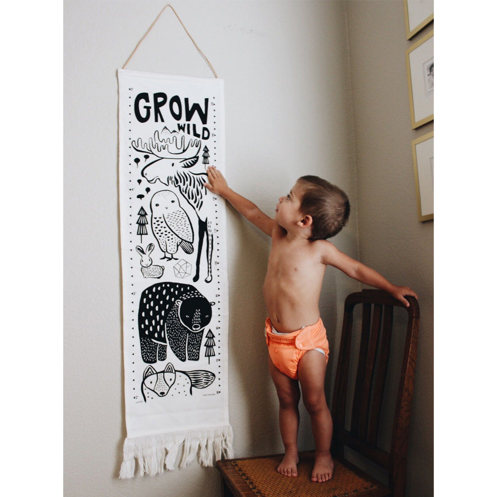 Wee Gallery Organic Canvas Growth Chart Safari - UrbanBaby shop