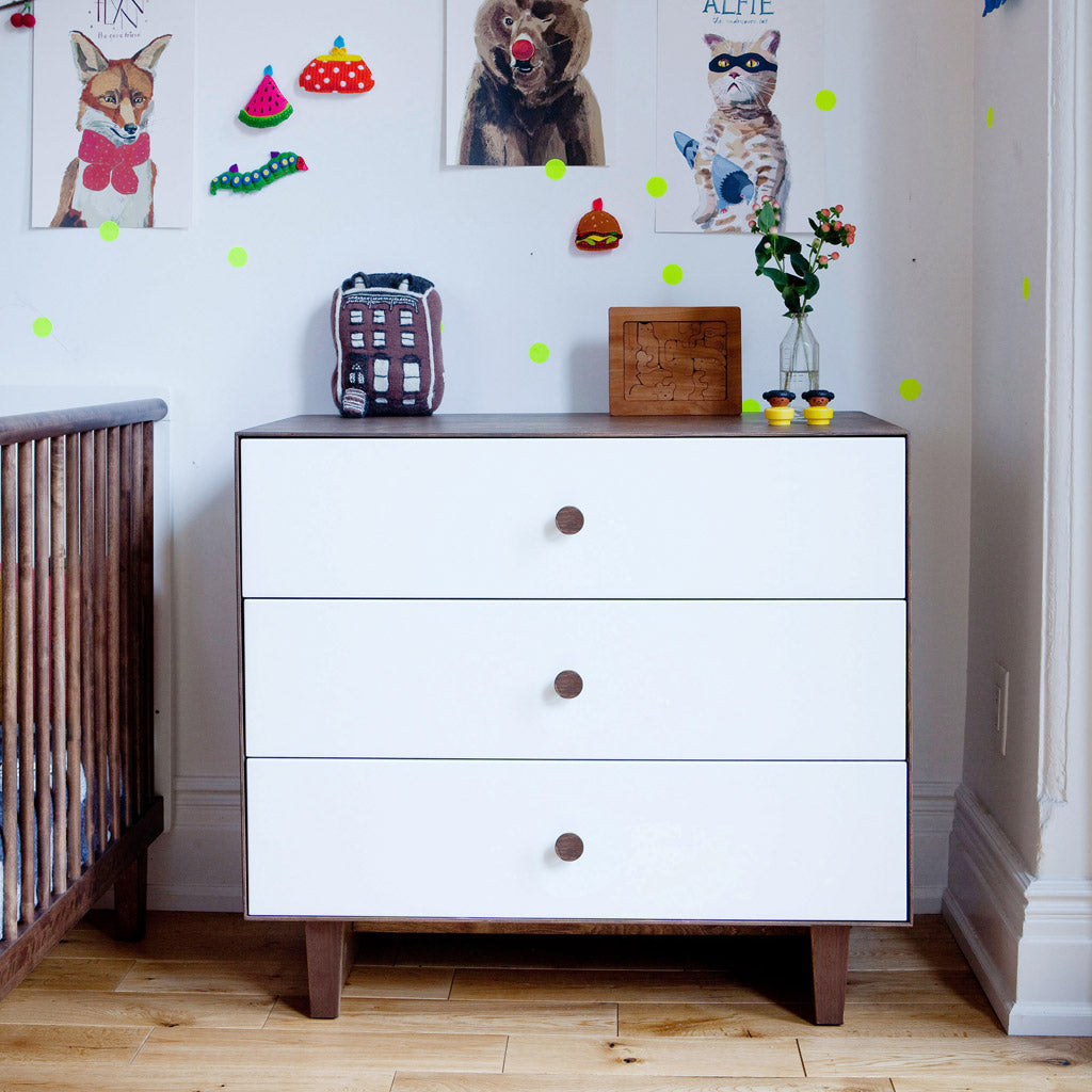 Oeuf Merlin 3 Drawer Dresser for Rhea - Walnut - UrbanBaby shop