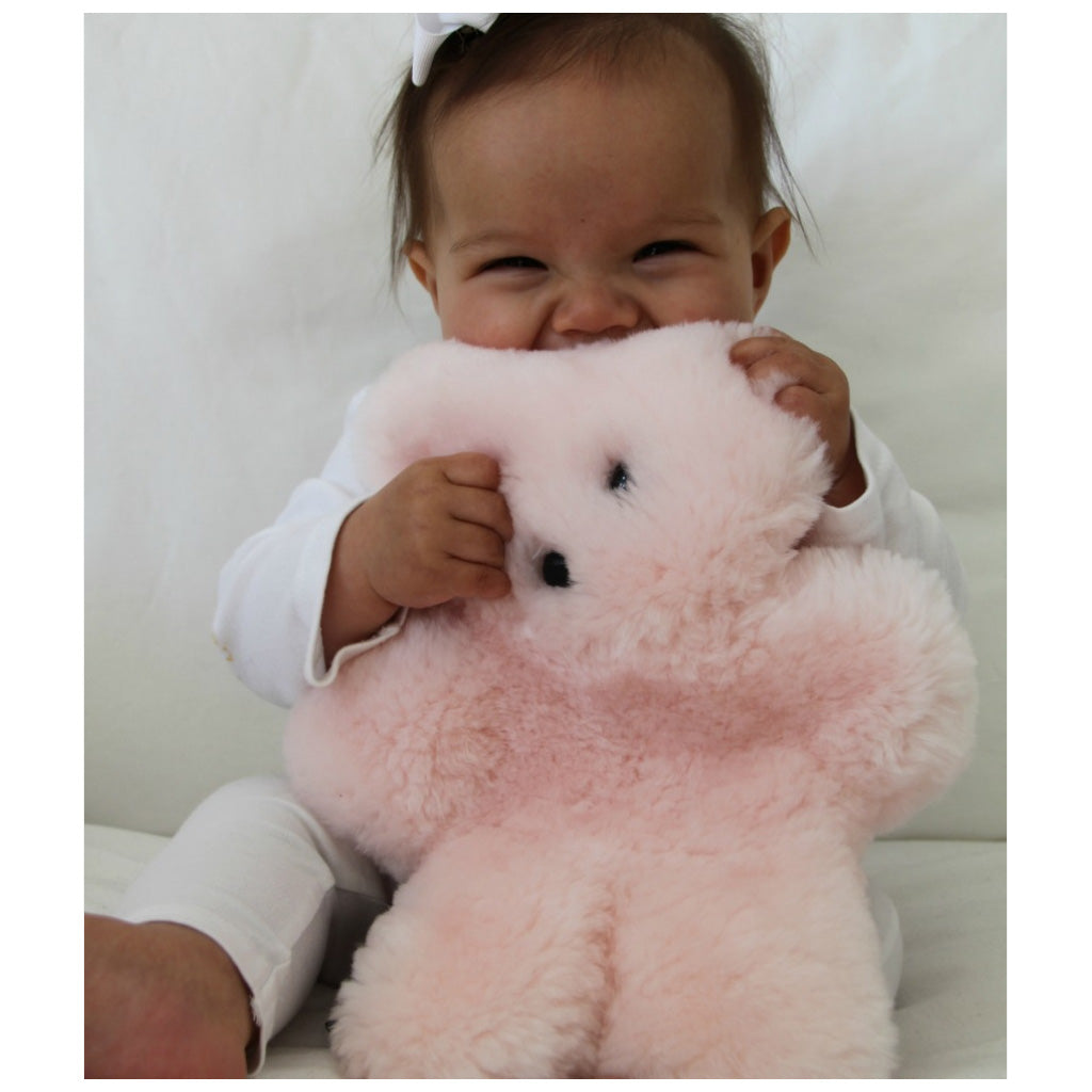 FLATOUT Sheepskin Bear Pink - UrbanBaby shop