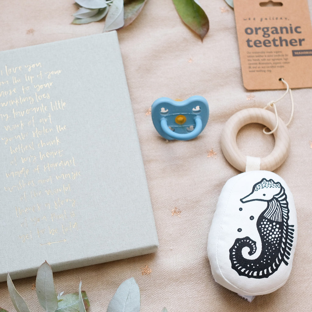 Wee Gallery Organic Teether - Seahorse - UrbanBaby shop