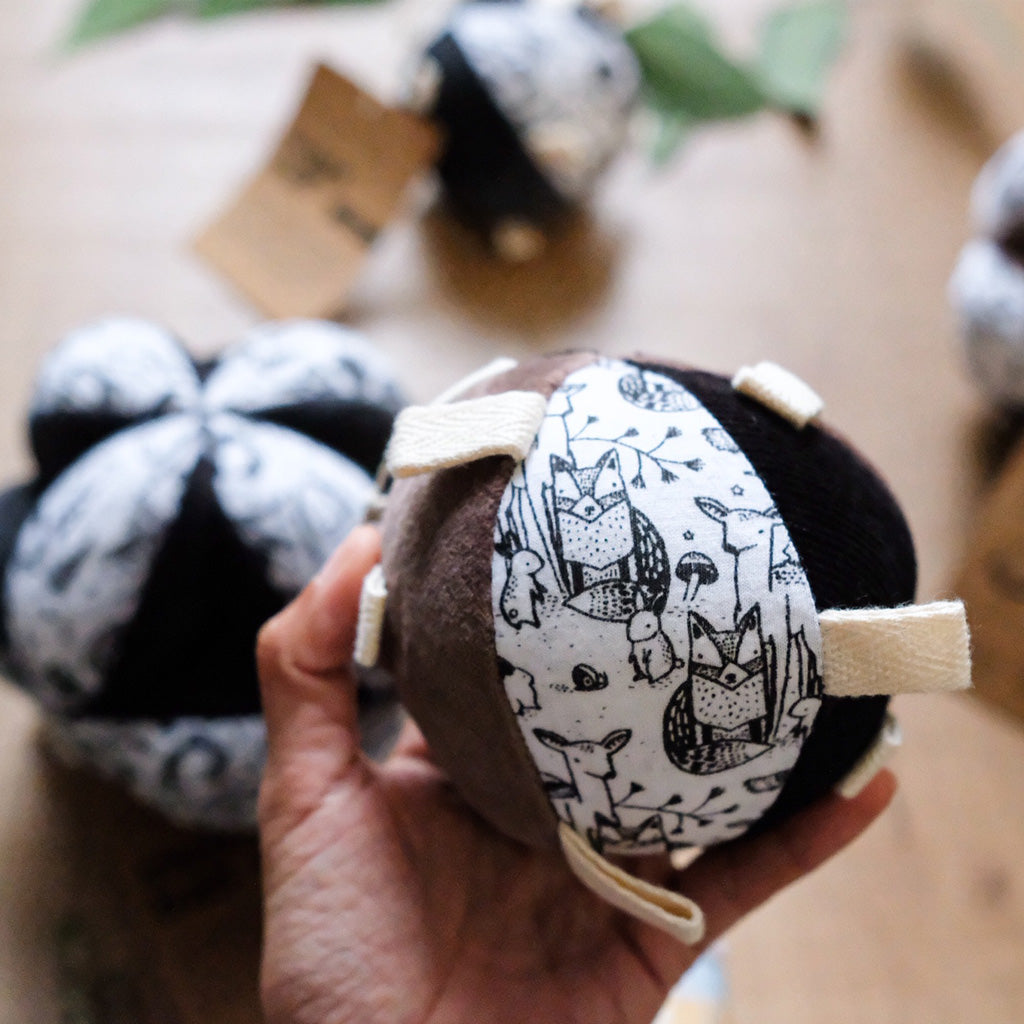Wee Gallery Organic Sensory Taggy Ball with Rattle - Woodland - UrbanBaby shop