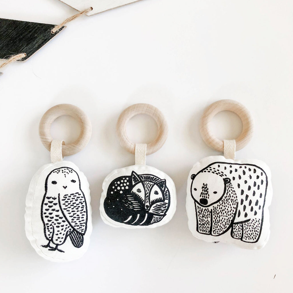 Wee Gallery Organic Rattle - Owl - UrbanBaby shop