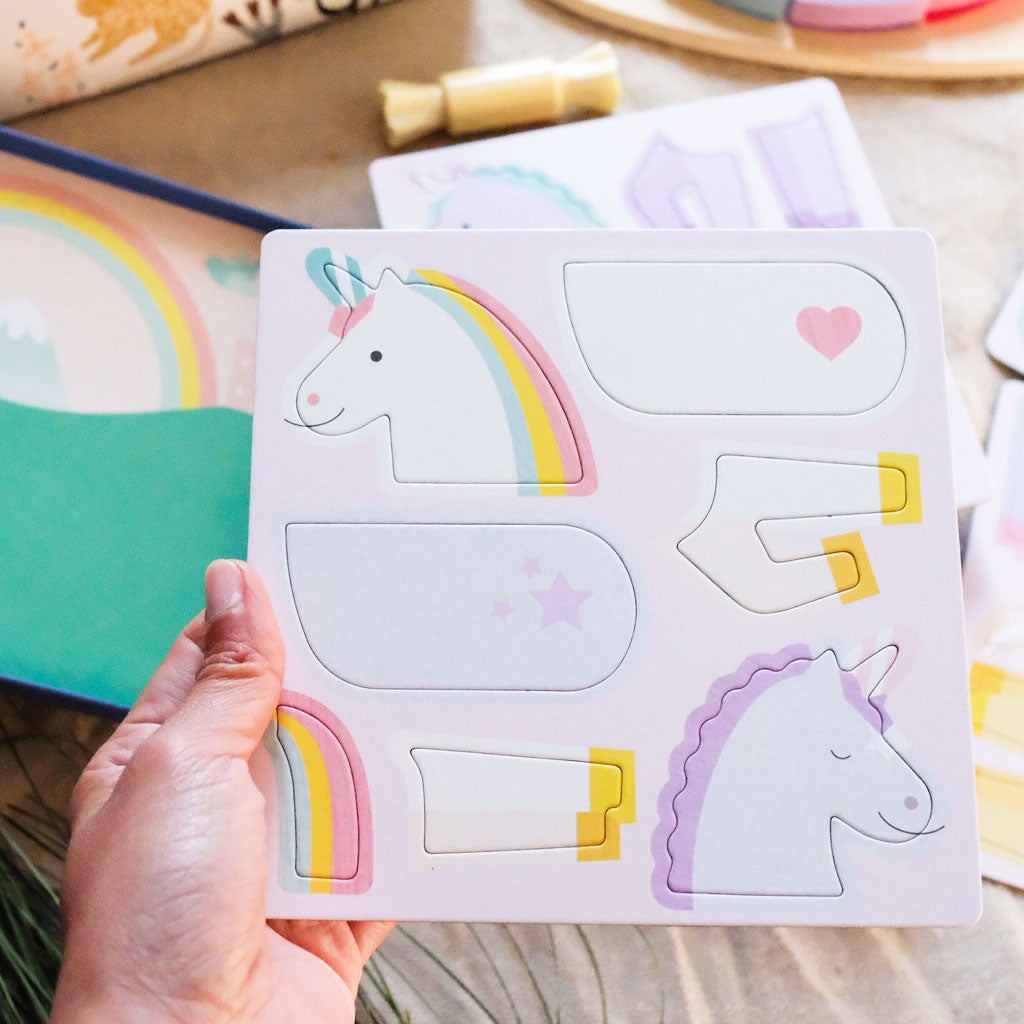 Petit Collage On The Go Magnet Tin - Unicorns - UrbanBaby shop