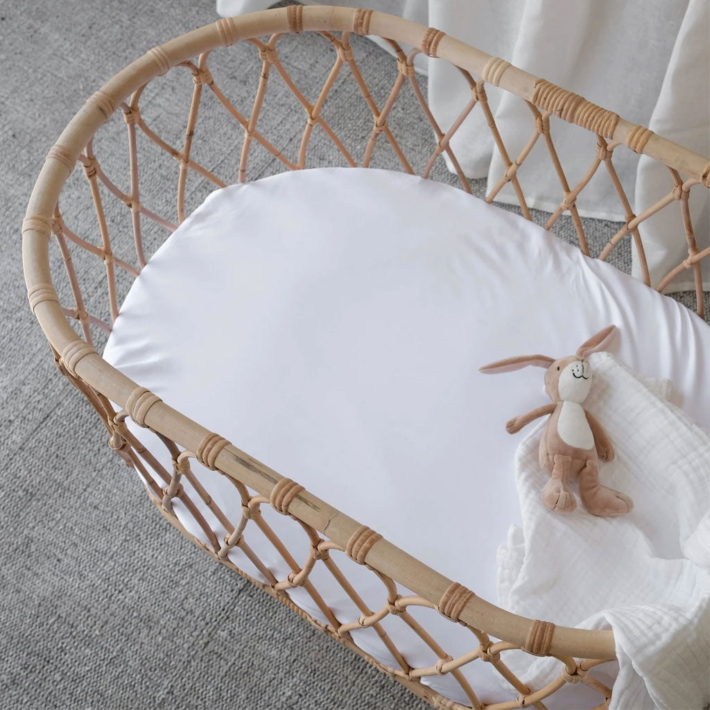Mulberry Threads Organic Bamboo Bassinet Fitted Sheet White - UrbanBaby shop