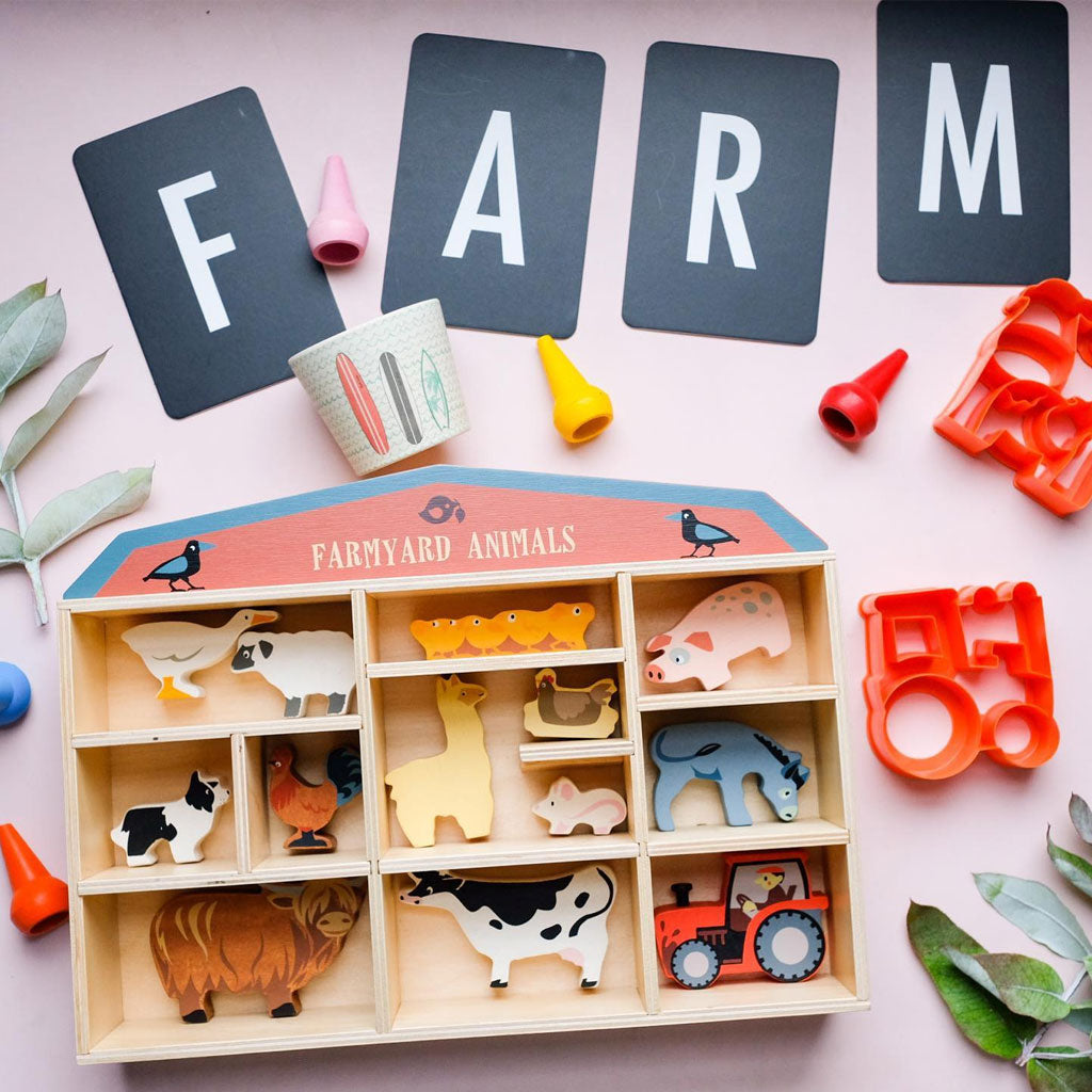 Tender Leaf Farmyard Set with Display Box - UrbanBaby shop