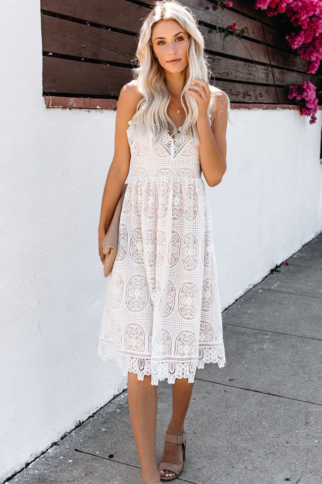 Voyagal Angelia White Lace Midi Dress