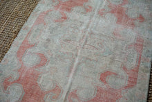 Load image into Gallery viewer, 4'4 x 7'6 Oushak Rug Muted Gray, Red + Blue Vintage Carpet