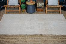 Load image into Gallery viewer, 4'6 x 8' Oushak Rug Muted Gray, Pink and Beige Vintage Carpet