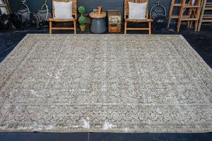 9'7 x 12'4 Classic Vintage Rug Beige and Brown 60's Carpet