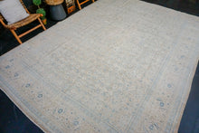 Load image into Gallery viewer, 9'11 x 13'11 Classic Vintage Mahal Carpet Cream, Beige + Blue 60's
