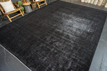Load image into Gallery viewer, 10'6 x 15' Classic Vintage Mahal Rug Black Overdyed Carpet 1970's
