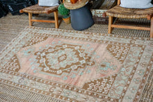 Load image into Gallery viewer, 4'2 x 7'11 VintageTurkish Oushak Carpet Taupe, Green, Brown and Copper