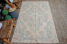 Load image into Gallery viewer, 4'3 x 7' Oushak Rug Muted Pink, Blue-Gray + Vanilla Vintage Carpet