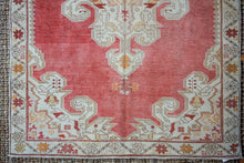 Load image into Gallery viewer, 4'7 x 7'1 Vintage Turkish Oushak Rug Muted Red, Creamy Beige and Honey Carpet
