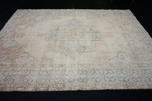 Load image into Gallery viewer, 7'8 x 10'9 Vintage Oushak Rug Cream & Turquoise Carpet