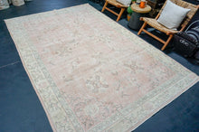 Load image into Gallery viewer, 9'4 x 11'5 Classic Vintage Heriz Rug Muted Purple, Pink & Blue 60's Carpet