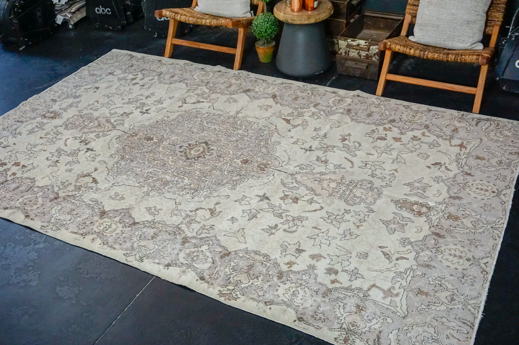 6'6 x 10'3 Vintage Oushak Rug Muted Violet, Beige and Brown Carpet