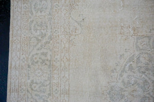 6'10 x 10'2 Vintage Oushak Rug Creamy Beige and Green Carpet