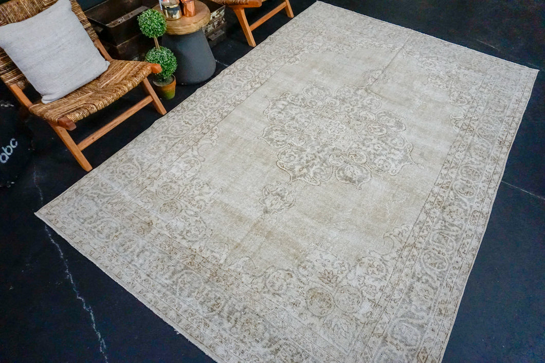 6'8 x 10' Vintage Oushak Rug Muted Clay-Gray and Greige Carpet