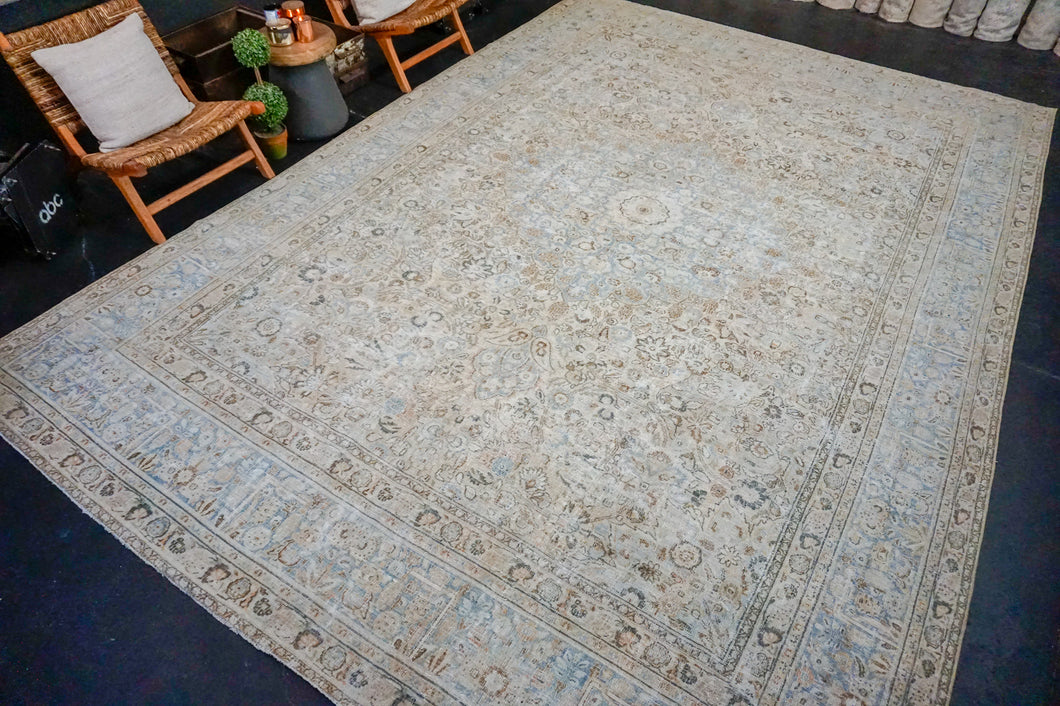 10'4 x 15' Classic Vintage Rug Muted Blue, Beige + Brown Carpet