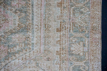 Load image into Gallery viewer, 4'1 x 6'7 Classic Vintage Rug Muted Beige, Green and Pink Carpet