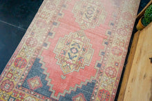 Load image into Gallery viewer, 3'6 x 6'3 Turkish Oushak Rug Muted Pink, Gray & Purple