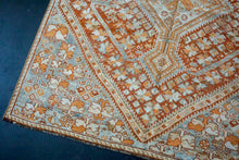 Load image into Gallery viewer, 5' x 9' Classic Vintage Rug Muted Salmon, Copper + Blue Carpet