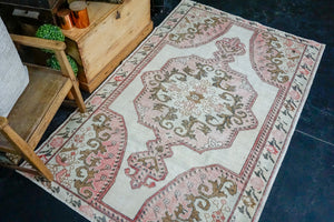 4'6 x 7' Oushak Rug Muted White, Bronze and Pink Vintage Rose Carpet
