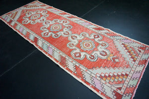 Turkish Oushak Runner 3'2 x 8'8 Red + Cream