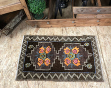 Load image into Gallery viewer, 2 X 3 Vintage Turkish Oushak Rug Golden Brown and Orange
