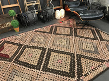 Load image into Gallery viewer, 6 x 11 Cicim (jijim) Kilim  Vintage Turkish  Pale Pink and Brown Kilim